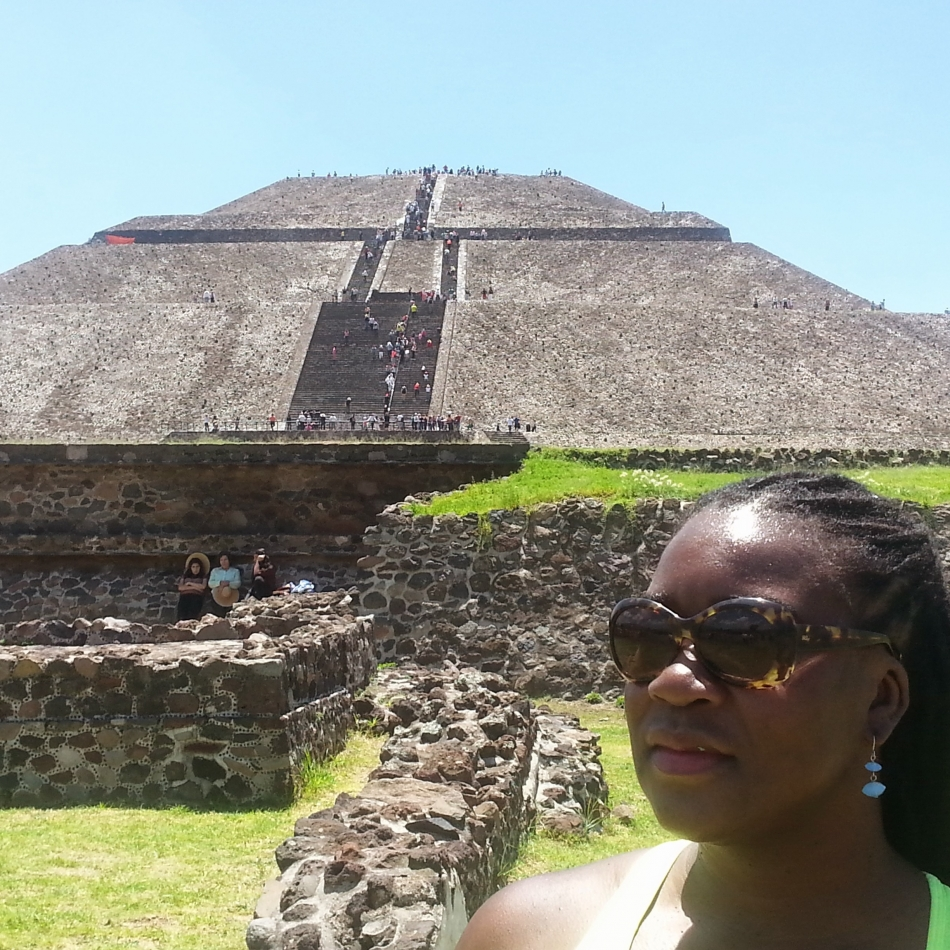 Earl & Alexis at Mexico City Pyramids 6
